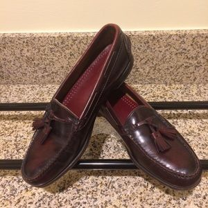COLE HAAN 11.5 B  Burgundy Pinch Loafers 👞